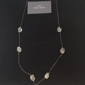 Jewelry - Custom made Quartz necklace